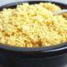 veganer Cashew Parmesan mit Hefeflocken