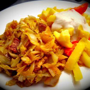 veganes Schmorkraut mit Kartoffeln und Karotten