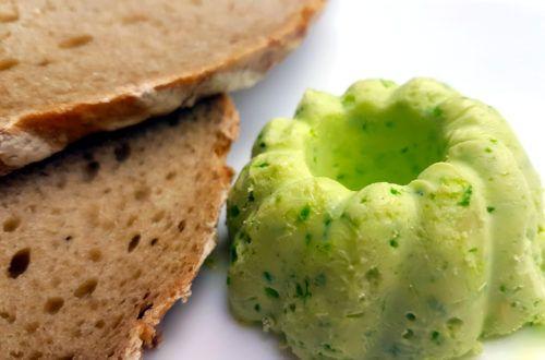 schnelle vegane Bärlauch Butter/ Bärlauch Margarine zum Grillen oder auf's Brot