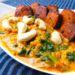 veganes Curry mit roten Linsen, Spinat und mariniertem Tofu